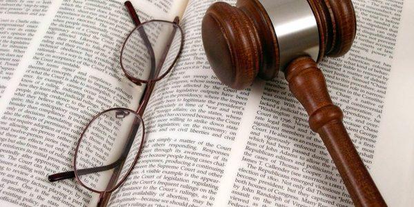 كيفية ترجمة العقود القانونية